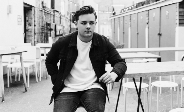 Declan J Donovan tops Music Moves Europe Talent chart